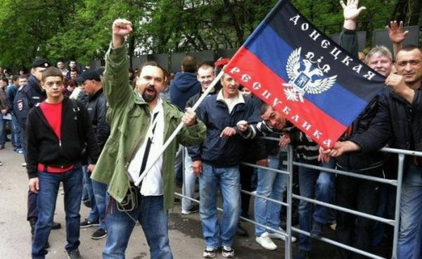 СБУ объявила врозыск репортера иблогера Александра Чаленко