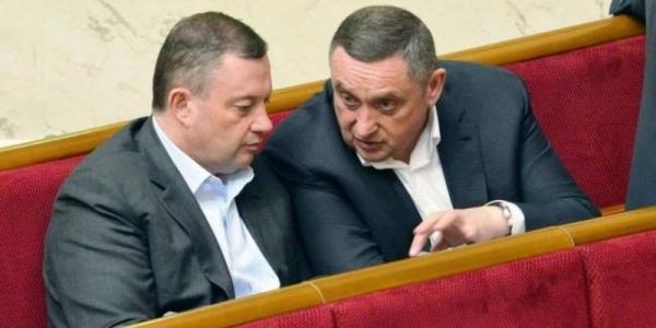 Суд позволил НАБУ изъять документы НКРЭКУ относительно газового дела Дубневичей
