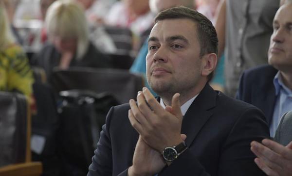 Максим Мартинюк позбувся «весільного генерала» — Новини Полтави