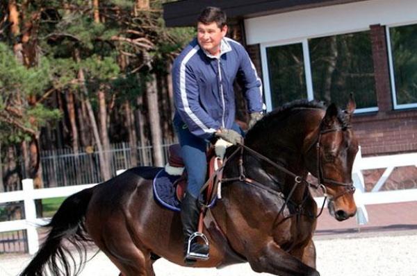 Александр Онищенко непланирует получать гражданство Германии