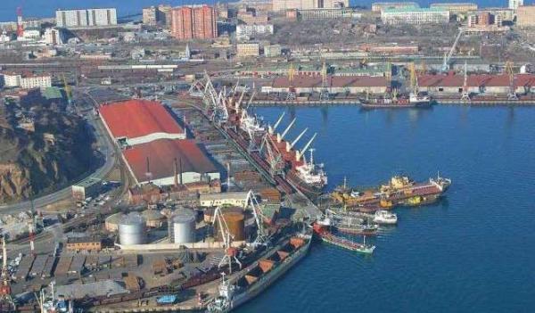 Порт Южный
